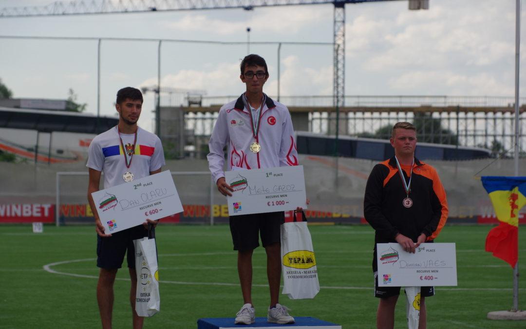 Damian Vaes pakt brons op Grand Prix