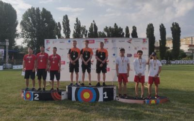 Junior recurve team pakt overtuigend goud in Youth Cup Boekarest