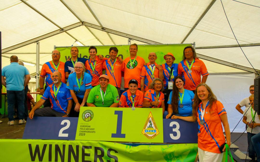 17 podiumplaatsen en 19 records  voor Team Nederland in Doorwerth